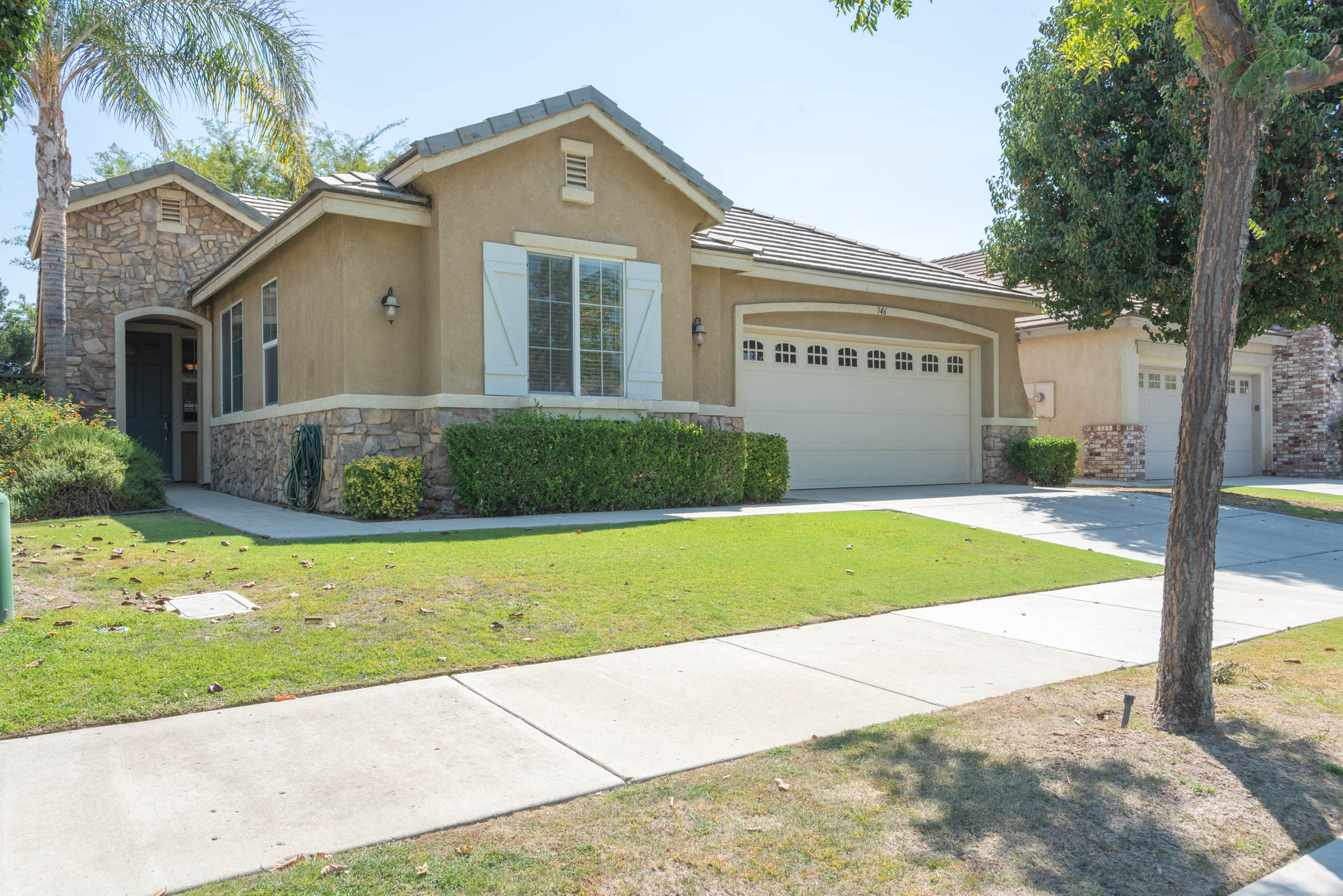 346 Hollyhill Dr 2460px 20